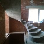 Бетонная винтовая лестница с пригласительными ступенями Заельцовкий район