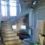 Винтовая бетонная лестница п. Ленинский, Боровое