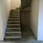 Полувинтовая лестница с забежными ступенями. СНТ Берег