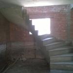 Лестница с забежными ступенями. 13й бронный переулок.