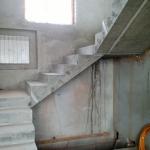 Бетонная лестница с 2мя поворотными площадками. п.Кольцово. СНТ Солнечный