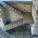 Монолитная П- образная лестница с разворотной площадкой. с. Каменка. ДНТ «Чкаловские просторы»