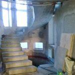 Монолитная лестница Подкова с забежными ступенями, п. Морской, ул. Раздольная.